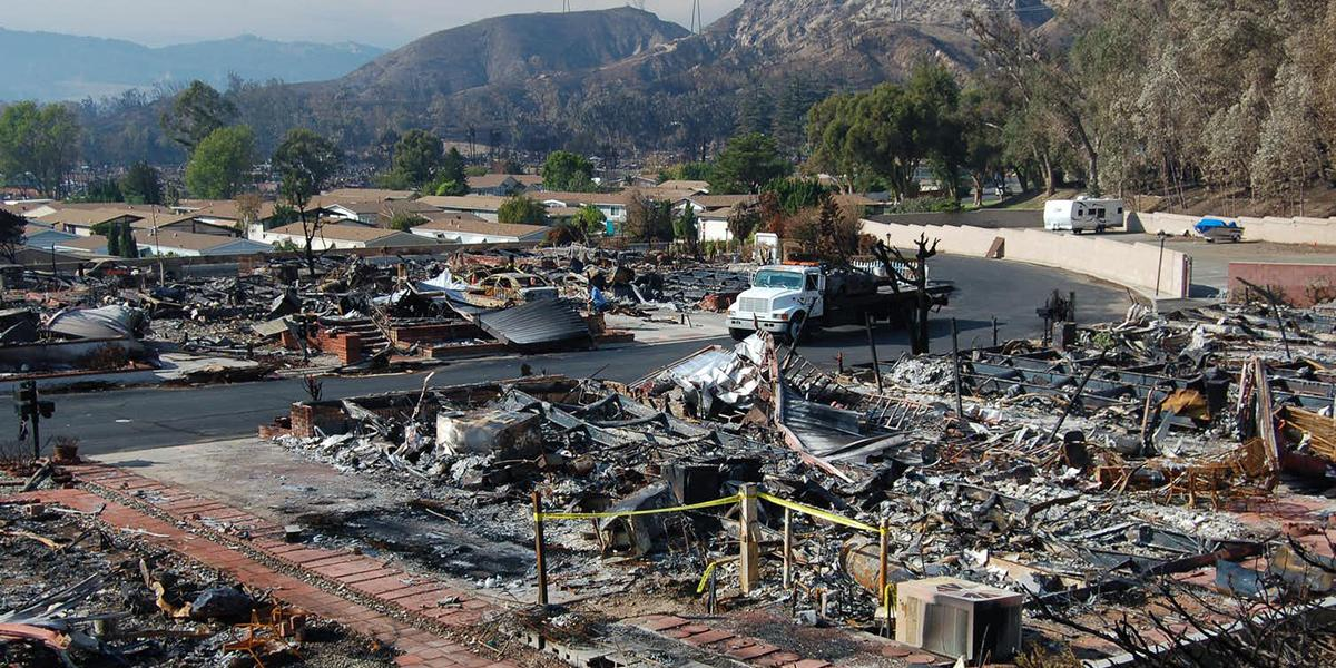 The remains of a mobile home park in Sylmar, California after 480 of the park's 600 mobile homes were burned in the November 2008 Sayre Fire. FEMA/Wikipedia